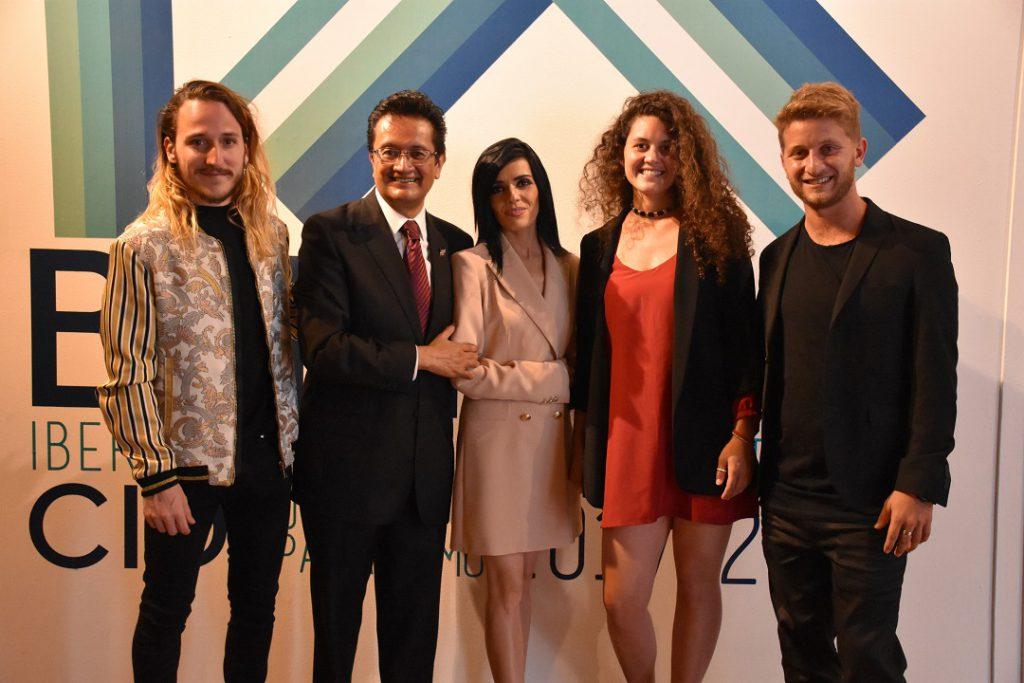 EXPOSICION IX BIENAL CIDI EN EL Palacio de Bellas Artes de México. 2017-2018 dELEGACIÓN argentina con Juan Bernardo Dolores