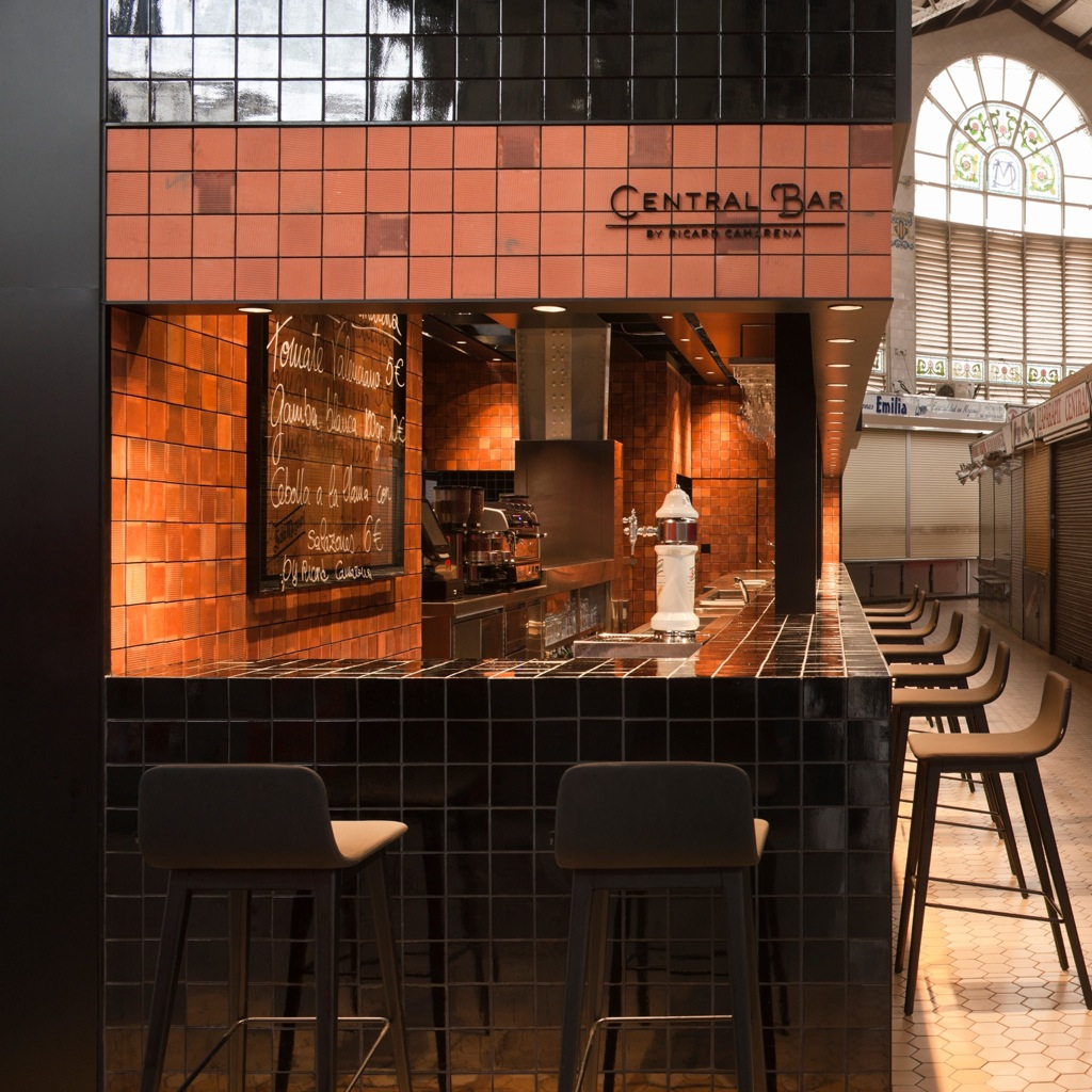 Central Bar by Ricard Camarena. Mercado Central de Valencia
