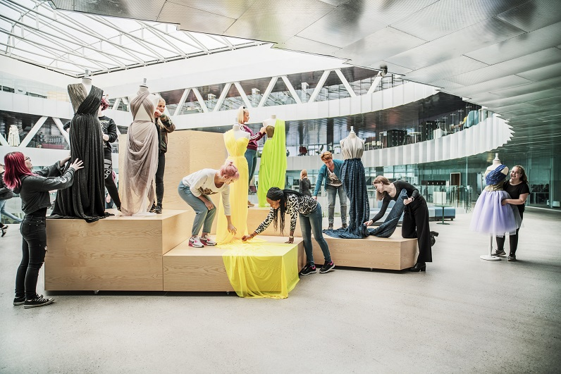 Glasir. Instituto de las Feroe. proyecto Rosan Bosch Studio. Foto Kim Wendt