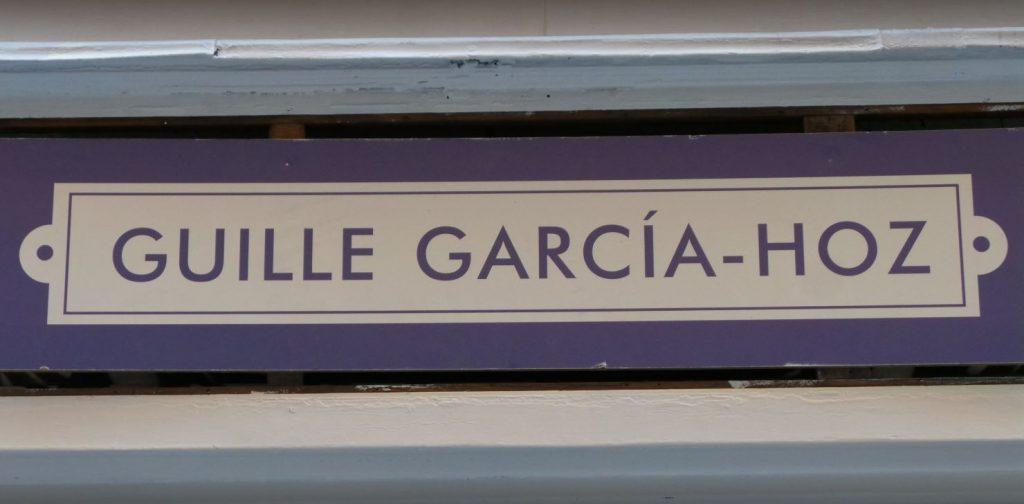 Guille garcía Hoz. logo de su tienda en calle pelayo 43 madrid