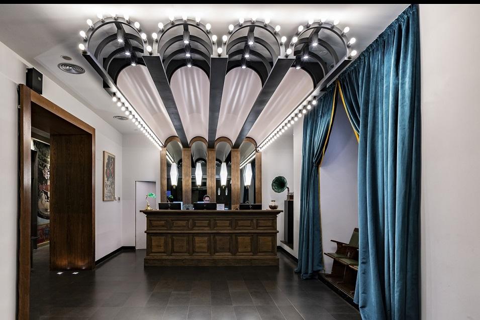 HOTEL VINCCI SOHO MADRID. ALEJANDRA POMBO INTERIORISTA. foto David Montero recepción