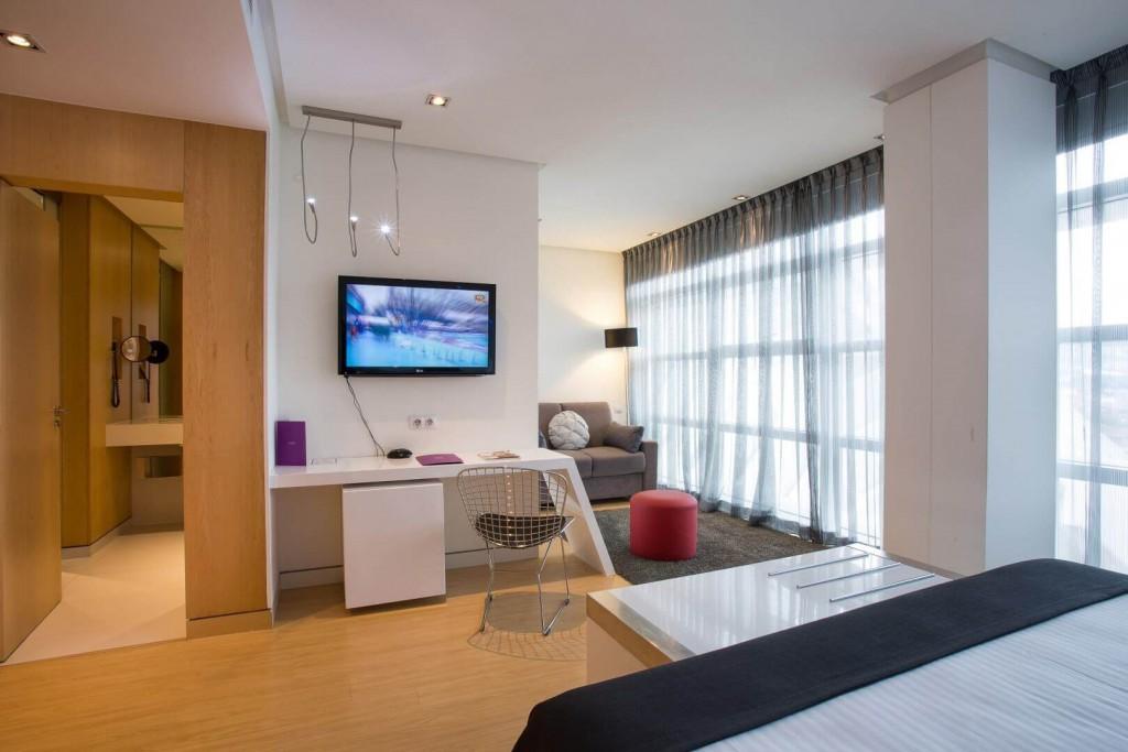 Hotel Ayre_junior suite. Santiago Calatrava. Trivago. 10Deco