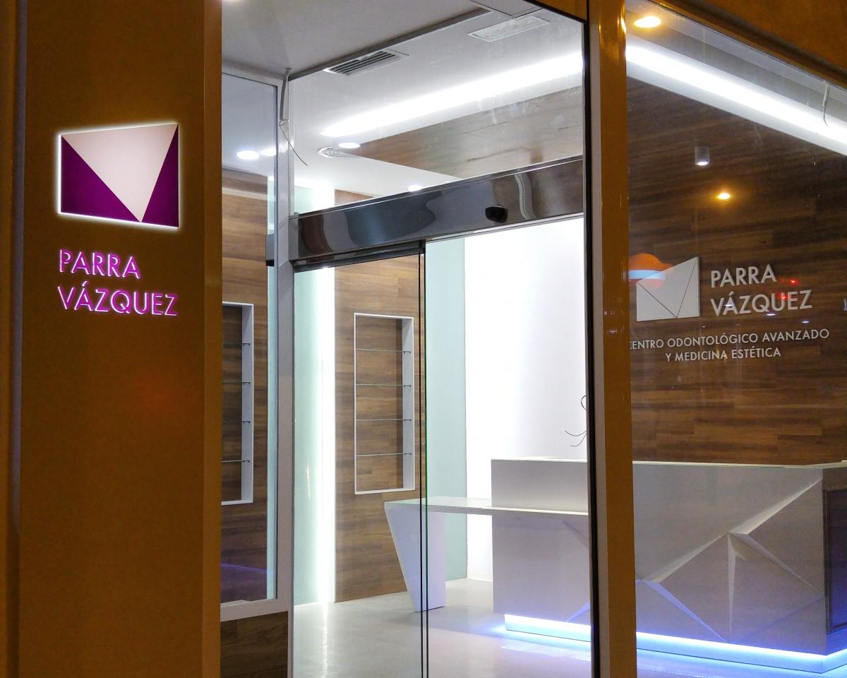 clinica dental Guadix granada. Ag interiorismo Dra Parra Velazquez