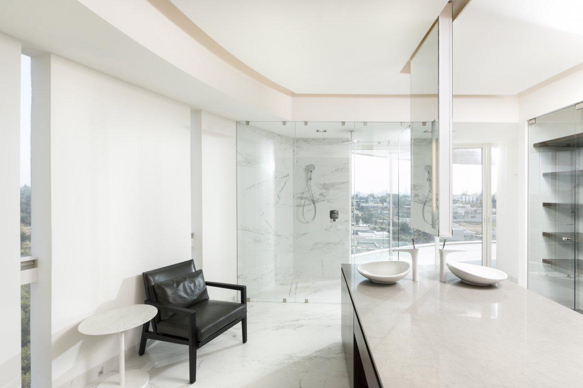 baño vestidor lassala-orozco-casa-lr-302-guadalajara-mexico-1