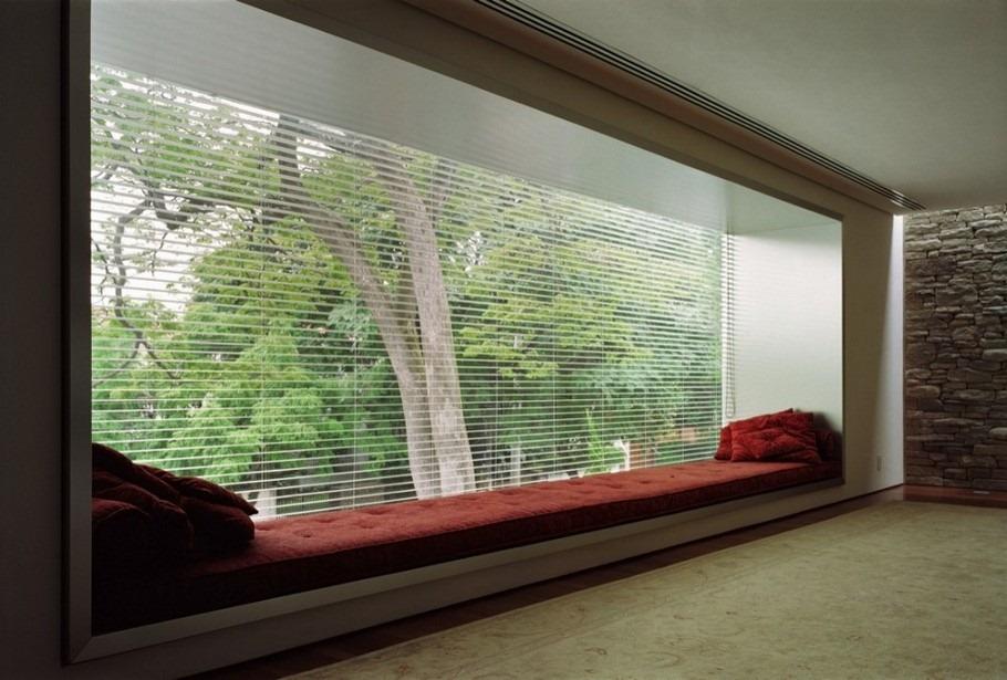 Modern-Interior-by-Marcio-Kogan Diseño y naturaleza. Casa con arbol