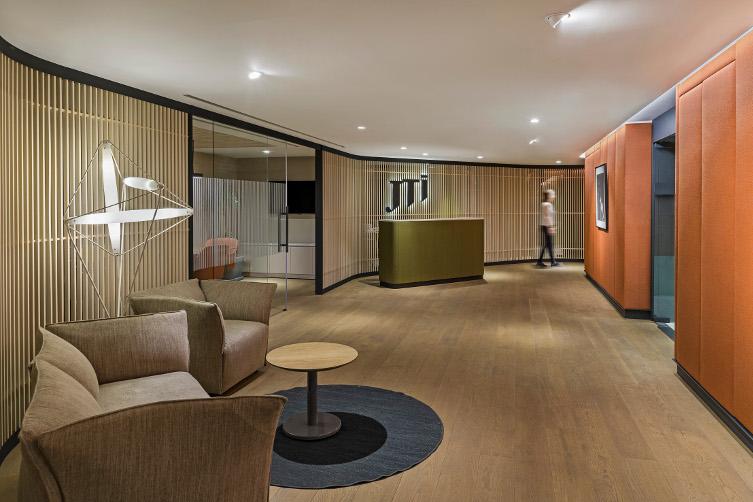 Oficinas JTI Turquia by lagranja Design