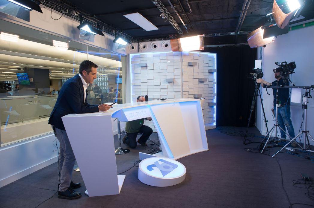 Oficinas de El País. Workplace . Open Space . Plató de televisión