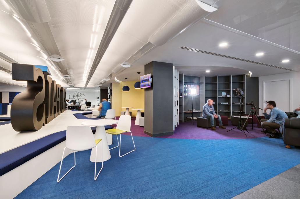 Oficinas de El País. Workplace . Open Space .3 Cómo se trabaja en un periodico 13