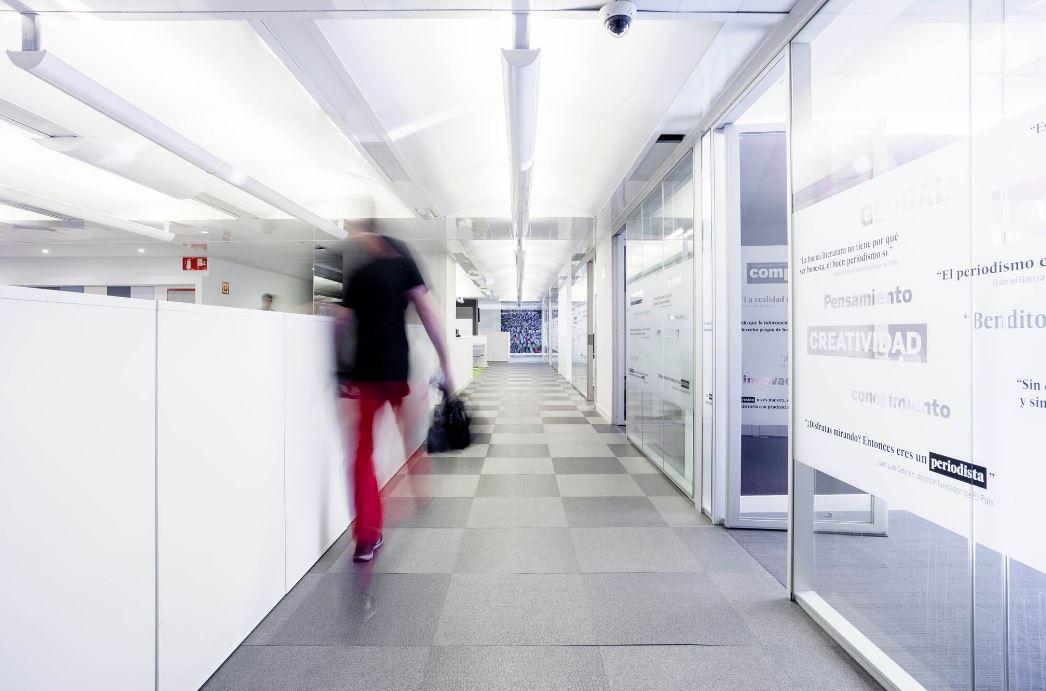 Oficinas de El País. Workplace . Open Space .3 Cómo se trabaja en un periodico 7