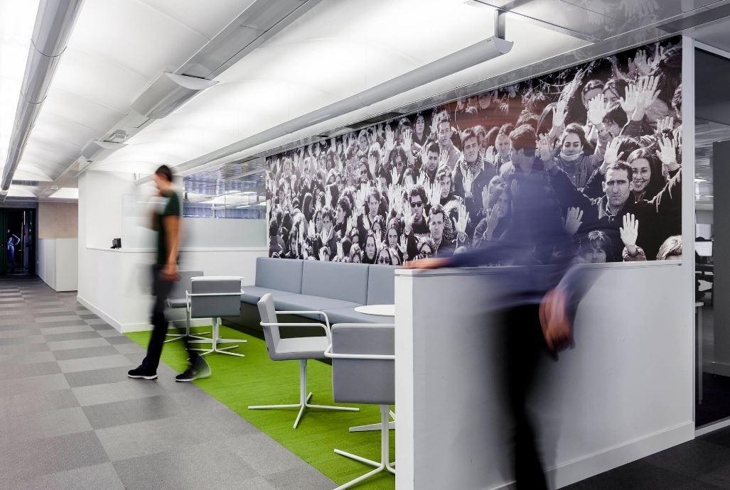 Oficinas de El País. Workplace . Open Space .3 Cómo se trabaja en un periodico 9