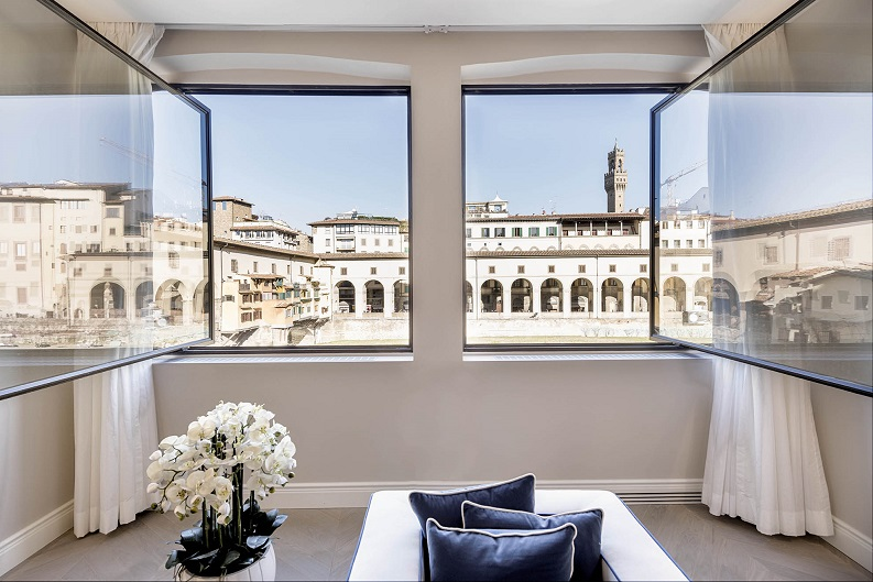 Pierattelli Architettura un Apartamento con vistas al PonteVecchio de Florencia foto Iuri Niccolai. Firenze