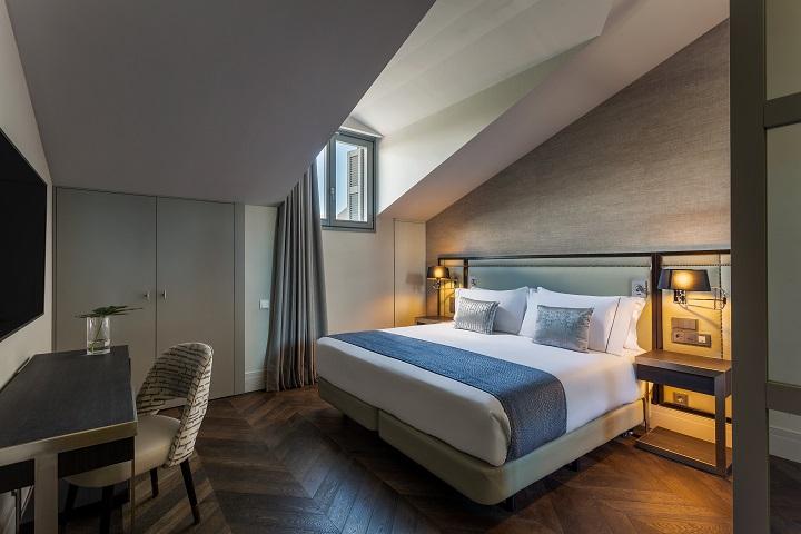 ROOM MATE GORKA en San Sebastián. Habitación hotel diseño Cuarto Interior