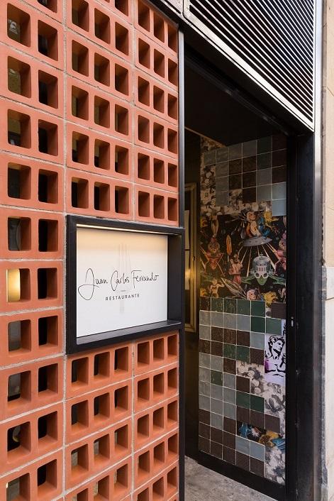 Restaurante en Logroño Juan Carlos Ferrando. Celosía ceramica fachada