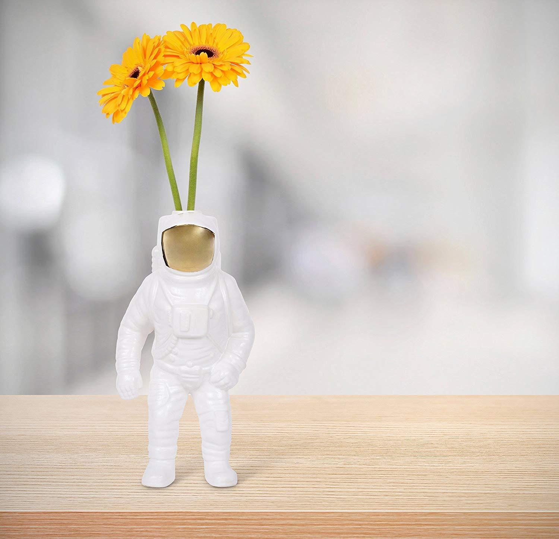Seletti Jarrón de diesel Living de astronauta, porcelana de 30 cm alto, color blanco, 15 x 11 cm 54 €