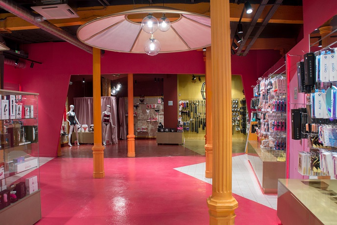 Sex shop Chueca Belover Antro Design