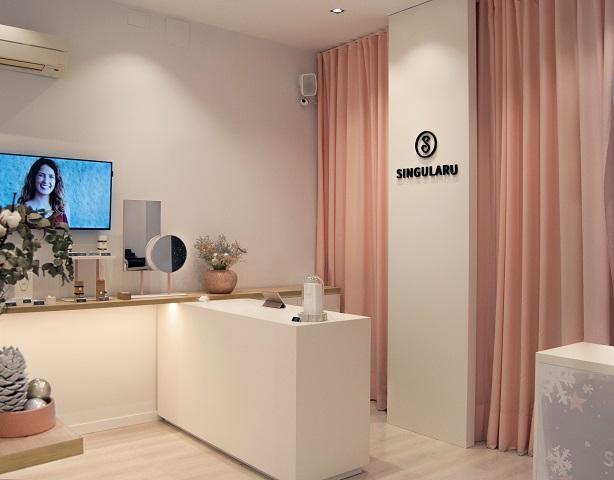 3ccd440489ba Tienda Singularu Valencia . Bisuteria on line y tienda fisica. Diseño Huuun  Estudio interior local
