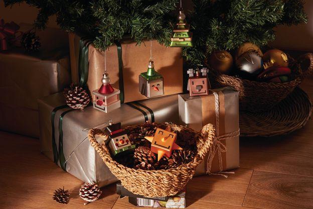 adornos de navidad originales. Bolas cuadradas. Palle quadrate Alessi