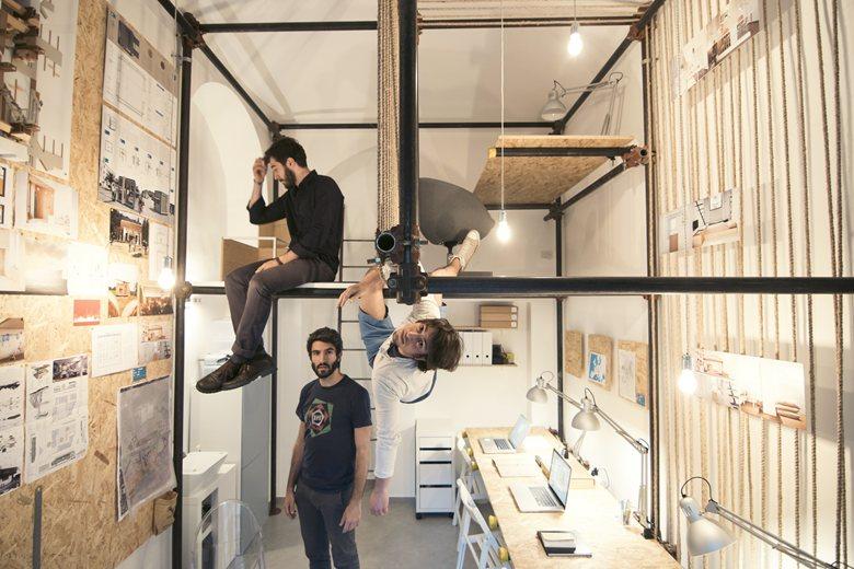R3 architetti Turín. Premio Archilovers 2015. Andamios y OSB