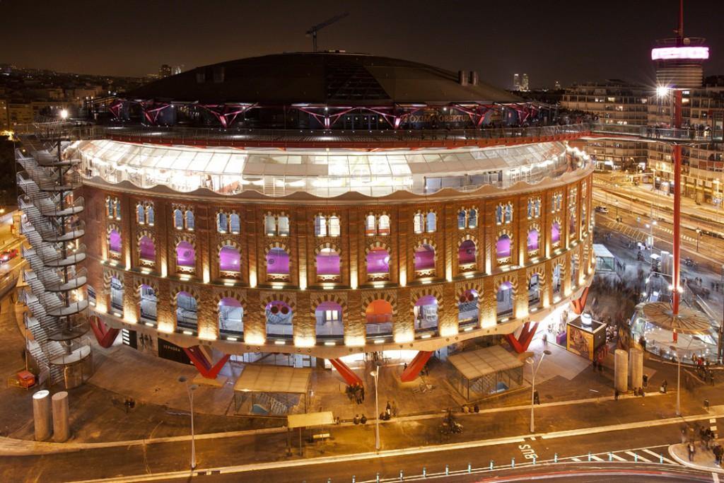 centro comercial las arenas barcelona Iluminacion en retail Leds c4
