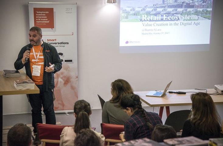 debate sobre la tienda fisica en retail design conference madrid 3g smart group . Luis Miguel Garrigos