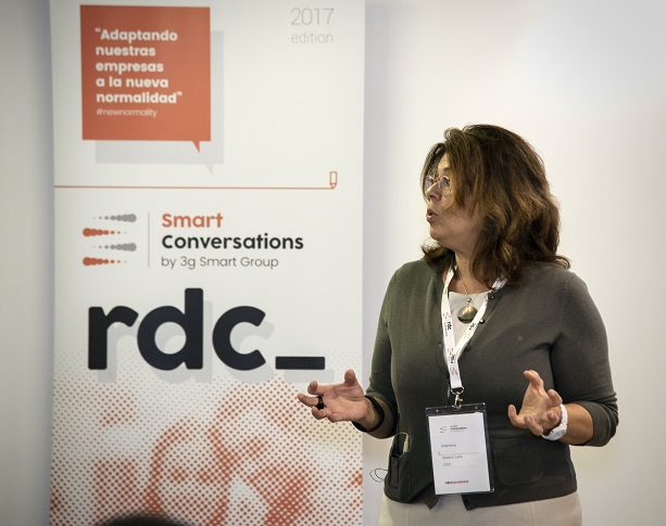 debate sobre la tienda fisica en retail design conference madrid 3g samrt group (9) Beatriz Lara Bartolomé. Imersivo