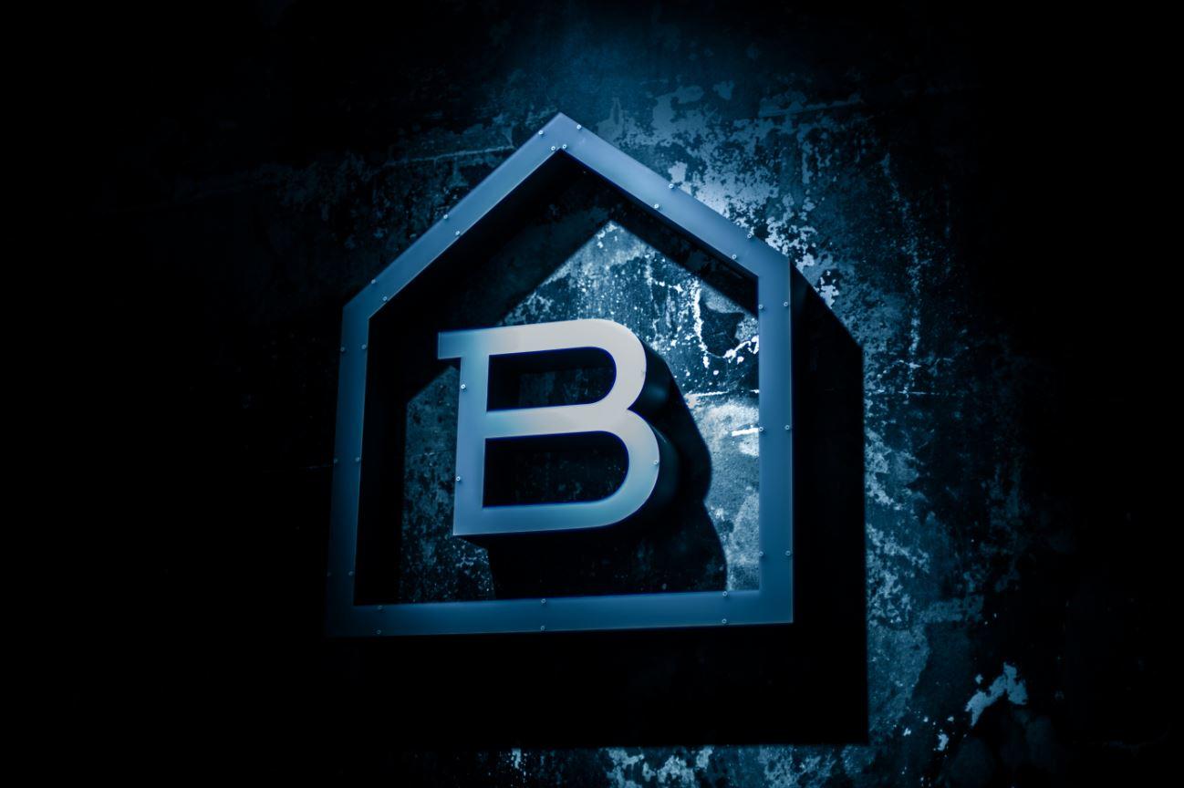 discoteca-blackhaus-madrid-cuarto-interior-diseno-bailar-en-madrid
