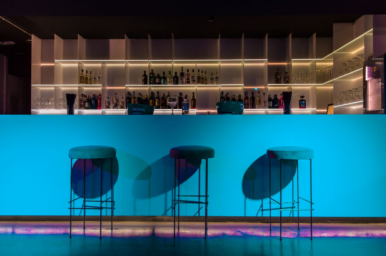 discoteca-blackhaus madrid-cuarto-interior-diseno-barra