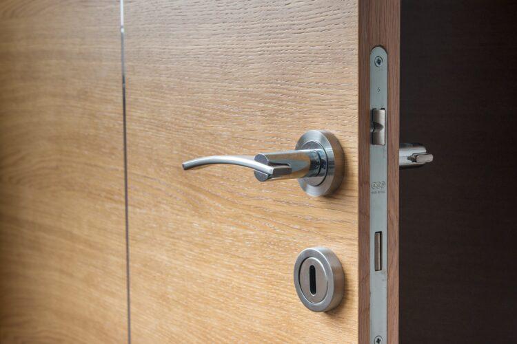 Problemas con cerraduras o puertas blindadas. cerrajeros drs. Imagen: pixabay