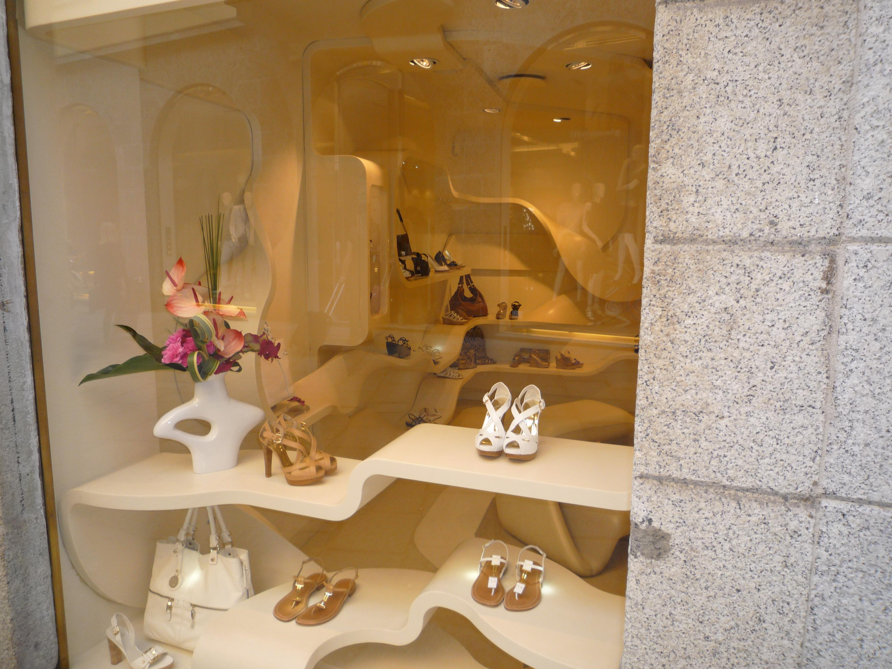 escaparates zapatos cantabria