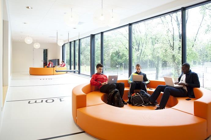 espacios colaborativos. 5. 0 Espacio aretha asientos compartidos . Oficinas colaborativas