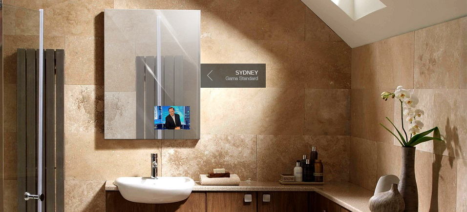 espejo tv baños de hoteles Miralay. Modelo Sidney TV mirror. espejos con television integrada