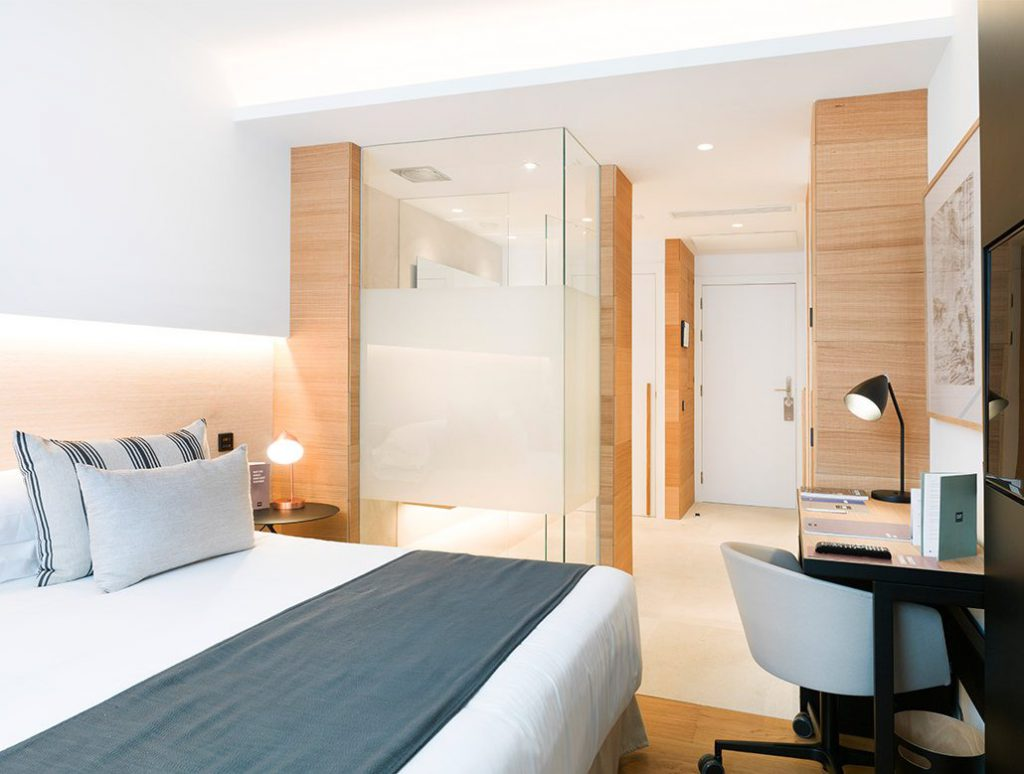 hotel-in-palma-nakar-st-room-Diseño Marga Rotger Nakar Hotel con tecnología Jung