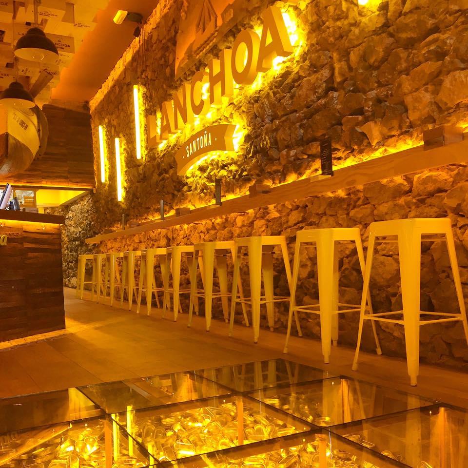 lanchoa santander. bares de tapas locales de moda en Santander