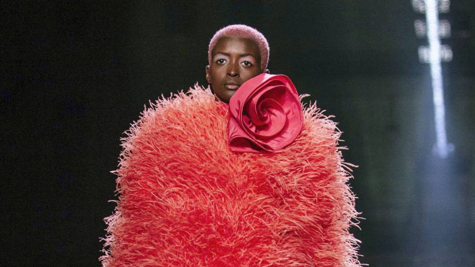 living coral en decoracion Marc Jacobs Spring 2019