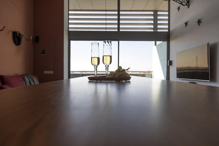 loft en Valencia para un single. Tiovivo Creativo estudio interiorismo . detalle ventanal