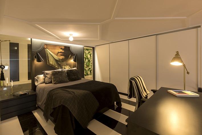loft en Valencia para un single. Tiovivo Creativo estudio interiorismo . Rayas blancas y negras