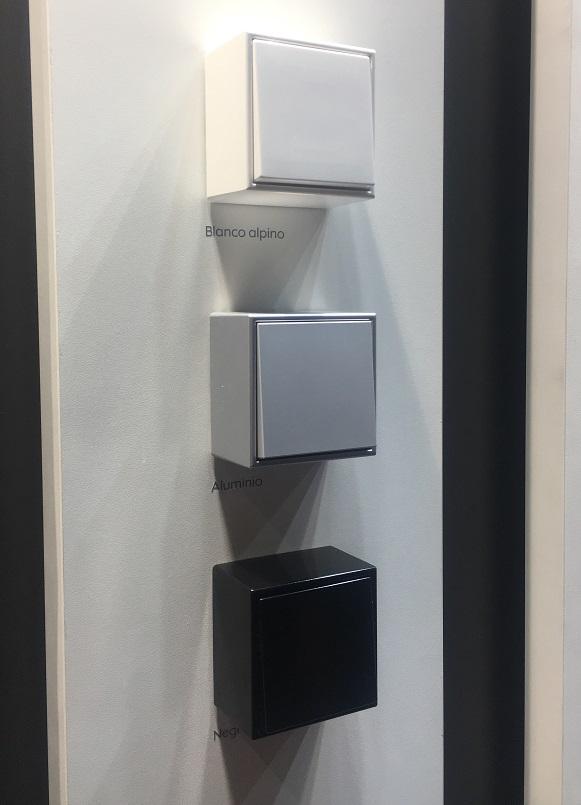 mecanismos de superficie ls cube jung construmat 2019