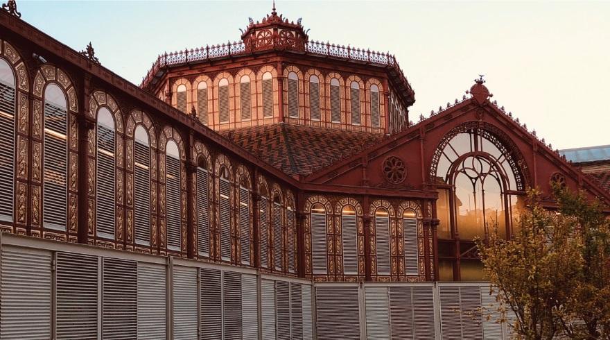 mercado sant antoni barcelona. mercados en centros urbanos
