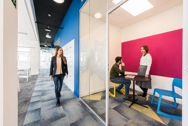 oficinas British telecom en Madrid. Proyecto workplace 3g office 5. moqueta milliken carpet