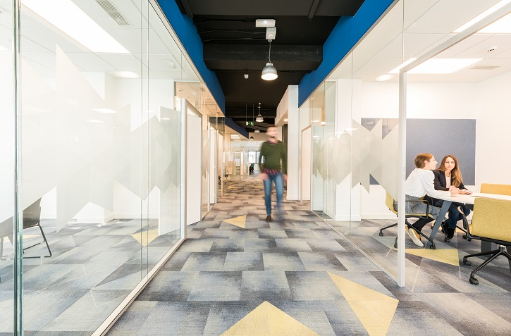 oficinas British telecom en Madrid. Proyecto workplace 3g office 6. moqueta milliken carpet