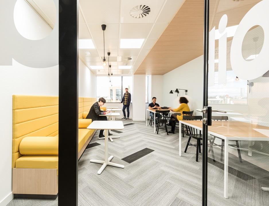 oficinas banco wizink en madrid concepto oficina flexible