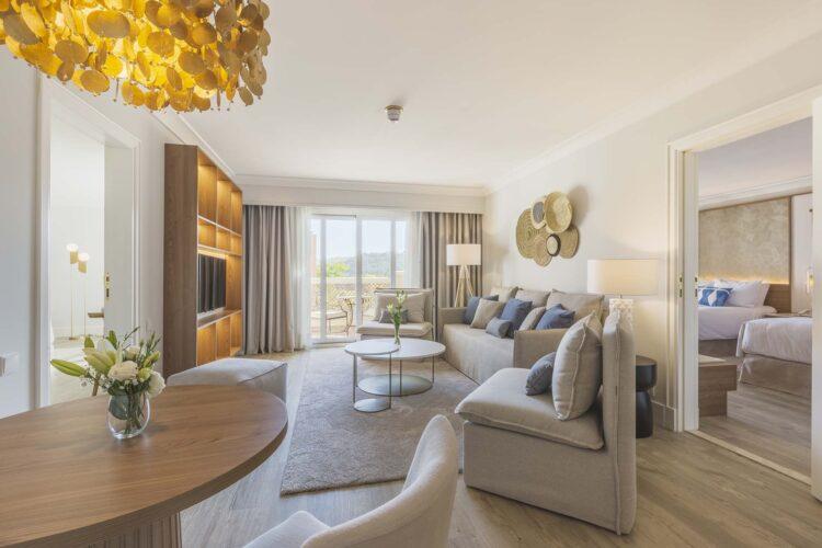 premio hostelco 2020 mejor reposicionamiento hotelero Hotel Marrioo la sella. Fraile Project+ Monica Fullana