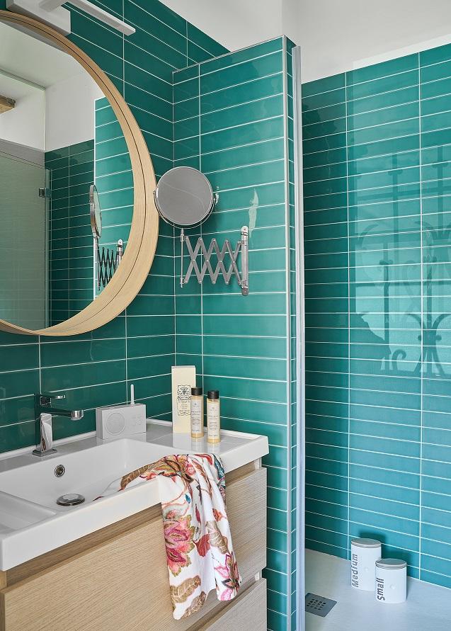 Baño Proyecto Brisas en Santander. Mara Pardo Estudio. Estilismo Cristina Rodríguez Goitia. Foto: David Montero