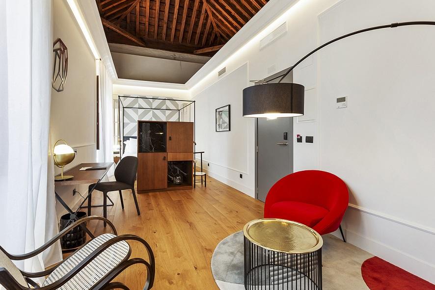 restauracion Hotel One Shot Palacio Conde de Torrejon Sevilla by Alfaro Manrique Atelier suites