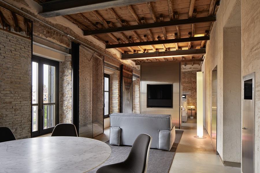 room mate roma. Rooms of Rome. proyecto de Jean Nouvel gestión de Kike Sarasola. Fachadas rhinoceros fondazione alda Fendi sperimenti