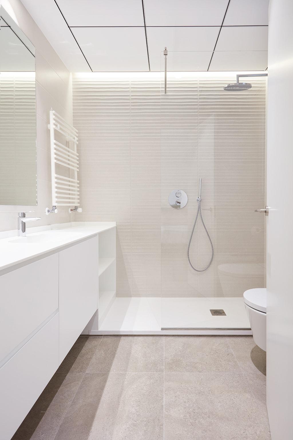 setrabe arquitectura valencia. reforma vivienda en ruzafa. Pavimento CERACASA (modelo orion Stone natural 60x60)