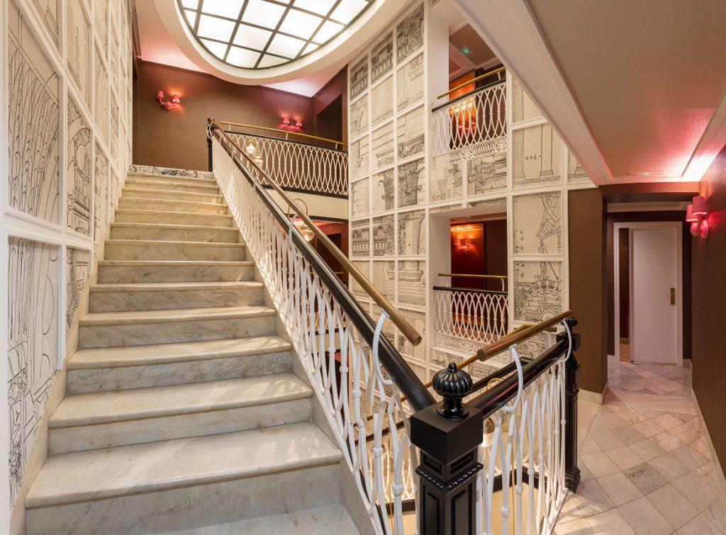 sh hotel inglés Valencia escalera