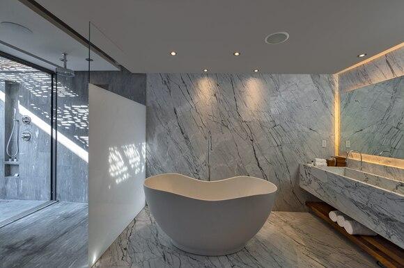 Foto: web Marriot . Baño Hotel Solaz los cabos México