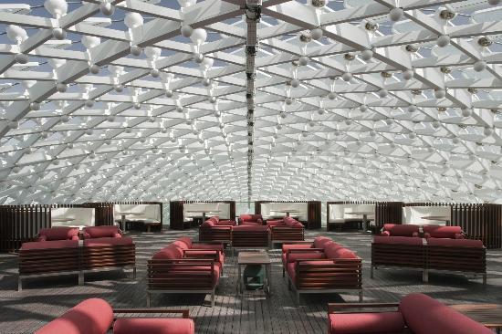 skylite-lounge