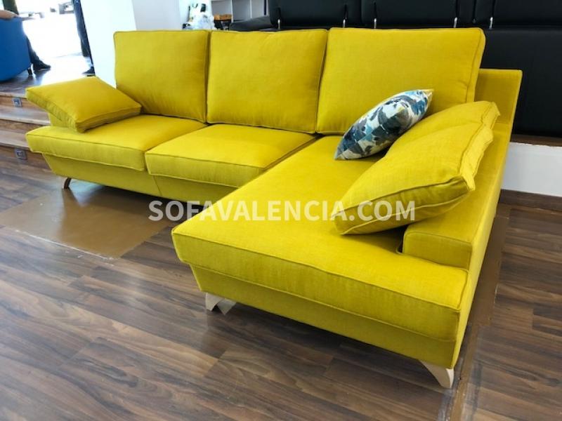 sofas baratos a medida. Sofá con chaiselongue amarillo . Sofás Valencia cómo elegir el sofá perfecto